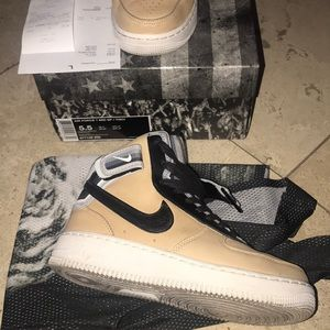 Nike Air Force 1s mid sp / tisci